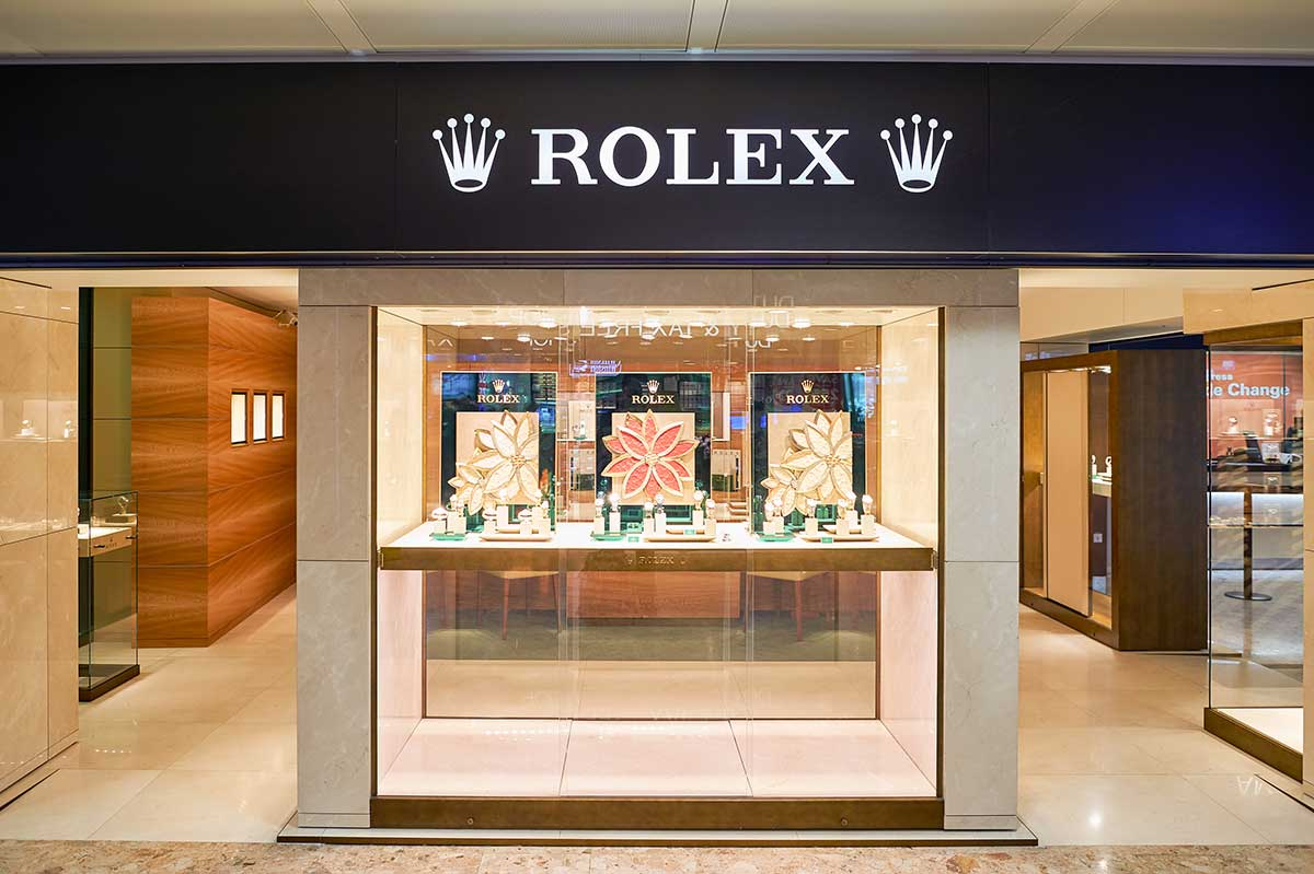 Is-Luxury-here-to-Stay-trunblocked-travel-retail-rolex